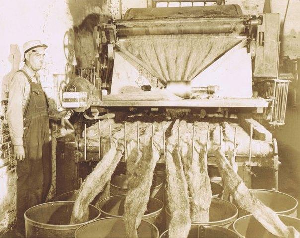 Hemp Fiber Milling 1942